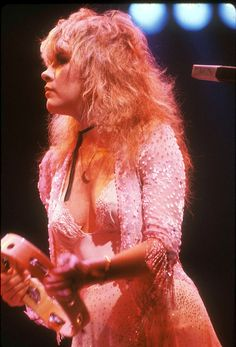 Stevie Nicks - this is who I wanted to be when I was in my 20's... I LOVE that she is on tour now with the originals!