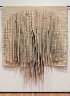 Jagoda Buic, White Reflections , Cleveland Museum of Art Textile Fiber Art, Textile Artists, Design Textile, Cleveland Museum Of Art, Paperclay, Art Mural, Tapestry Weaving, Fabric Manipulation, Felt Art