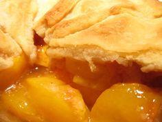 Peach Pie, yum! @http://www.everythingpies.com/fresh-peach-pie-recipe.html
