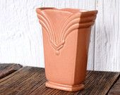 Redwing USA 949 Peach Pink Deco Ceramic Planter