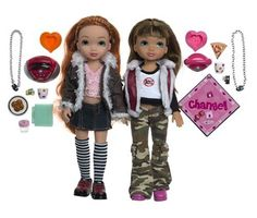 Bratz 4 Ever Best Friends: Just Chillin'! Calista and Noelle. Small parts, not for Childern under 3 years of age. For ages 4 years plus. Everything is Twice as Fun with a Best Friend.