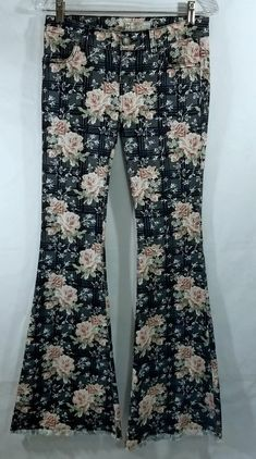 cca3c4a92a27 Free People RARE 26 Womens Rose Floral Boho Printed Flare Jeans Bell  Bottoms | eBay