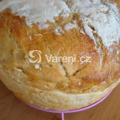 Chléb z žitného kvásku recept - Vareni.cz Dairy, Pie, Bread, Cheese, Baking, Food, Cooking, Torte, Pastel