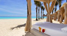 A relaxing place to lounge at this all-inclusive resort... Great price!  CANCUN!