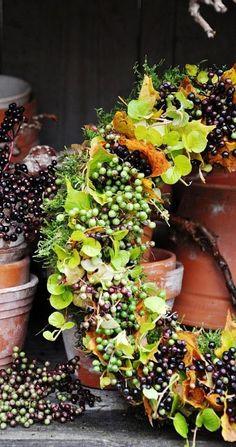 Seasonal Mary Style: Wreaths.