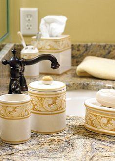 Antiga Ceramic Bath Collection
