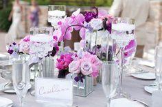 Decoración de mesas del banquete #RadiantOrchid #OrquídeaRadiante