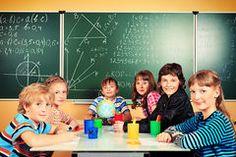 Placa De Escola Com Faces Das Crianças - Baixe conteúdos de Alta Qualidade entre mais de 52 Milhões de Fotos de Stock, Imagens e Vectores. Registe-se GRATUITAMENTE hoje. Imagem: 18859314
