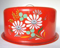 """Vintage Ransburg """"Kitchen Bouquet"""" Cake Carrier, Orange Red with Flowers, Tin Cake Saver Caddy Vintage Tins, Vintage Dishes, Vintage Love, Vintage Decor, Retro Vintage, Vintage Cakes, Vintage Stuff, Old Kitchen, Vintage Kitchen"""