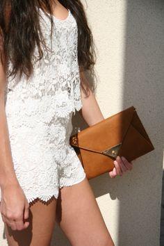 Outfit hippie-ibicenco ideal para las tardes y noches de verano t.co/JBCQ5UIpWt