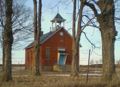An Amish school house in Ontario, Canada. (I once was invited to teach at an Amish school near Shipshe. How I wish I could have afforded to do that!)