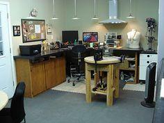 JEWELRY STUDIO 101—great space!!!