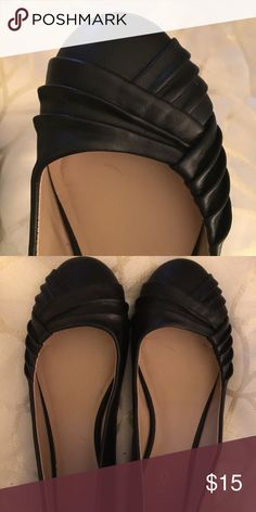 Aldo Black Flats Used twice, in great condition. Cute and comfy flats. Great for dressing up or down. Aldo Shoes Flats & Loafers