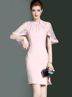 Pink elegant bodycon dress with lace cape Modest Dresses, Simple Dresses, Nice Dresses, Casual Dresses, Short Dresses, Formal Dresses, Couture Dresses, Fashion Dresses, Cape Sleeve Dress