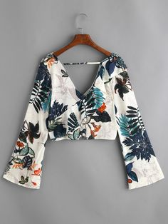 Floral Print Plunging V Neckline Crop Top 80s Fashion, Fashion 2020, Look Fashion, Fashion Clothes, Fashion Outfits, Classy Outfits, Pretty Outfits, Casual Outfits, Cute Outfits