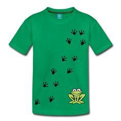 Der freche grüne Frosch hüpft gern auf Deinem Shirt und mit Dir durch die Gegend - gemeinsam mit seinen Spuren...Das Motiv wird mit Digitaldruck gedruckt.