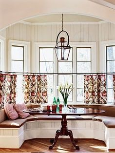 Cafe curtains throughout the kitchen. inexpensive and diyable  JPM Design: Bathrooms