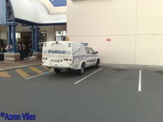 https://flic.kr/p/zBU2yZ | Queensland Police Service | Vehicle stationed at Logan Hyperdome Police Beat, Loganholme, QLD