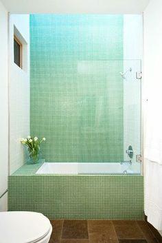 9 seriously tiny, gorgeous bathrooms