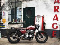 La Honda CB 750 Four de Laurent, un cafe-racer bien dans l'air du temps...