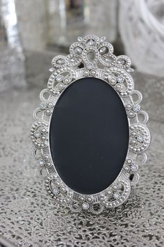 30 vintage style oval jeweled rhinestone frame bling silver diamond chalkboard table number frames ornate picture photo wedding
