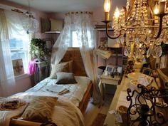 bedroom in paris studio apartment inside the Whistling Elk in Chester NJ