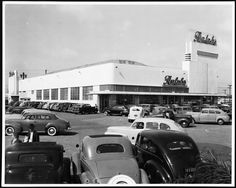 Exterior view of Ralphs Market and parking lot on opening day at Crenshaw Boulevard and Rodeo Road, April 25th, 1942