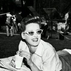 Bette Davis on the set of Now, Voyager (1942) 👜 #BetteDavis #oldhollywood #vintage #oldisgood #beauty