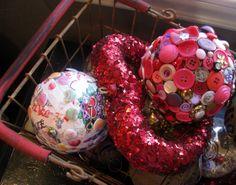 Love Day Button Ball