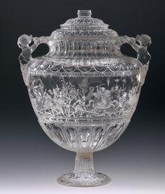 Vaso de la Montería. Francesco Tortorino (h. 1512-1572). Cristal de roca, 20,5 x 13,8 cm (alto x diámetro). Milán, Tercer cuarto del siglo XVI. Madrid, Museo Nacional del Prado