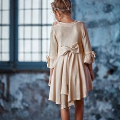 Moda de ceremonia infantil Hortensia Maeso Beautiful Dresses, Girls Dresses, Dresses With Sleeves, Long Sleeve, Baby, Clothes, Fashion, Kids Fashion, Communion Dresses