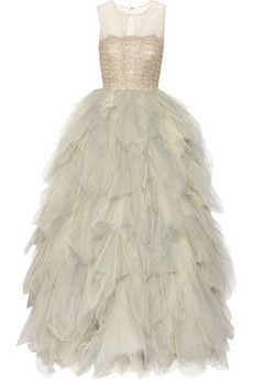 Oscar De La Renta Embroidered Tulle Gown in Silver (sand) Dream dress! Sheer Dress, Dress Up, White Dress, Jessica Parker, Fru Fru, Tulle Gown, Sequin Gown, Beaded Gown, Beaded Dresses