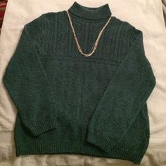 Women's turtle neck sweater. Women's Northern Reflections s/p teal green turtle neck sweater. Even though tag says s/p for size, this truly fits more like a medium.  No holes. 70% cotton. 25% acrylic and 5% other fibers. Pairs nicely with jeans or slacks. Has stretch to it. Necklace not included. Northern Reflections Sweaters Cowl & Turtlenecks