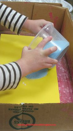 Teaching 2 and 3 Year Olds: Salt Chalk Art