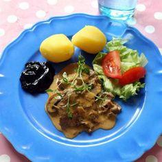Ninni schulmans älgskavsgryta | Mitt kök Meat, Chicken, Food, Essen, Meals, Yemek, Eten, Cubs