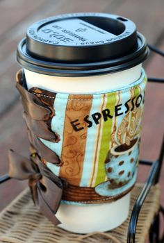 Coffee Cozy Corset Style - This is soooo cute!