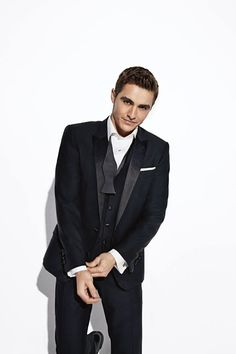Dave Franco Covers GQ Australia December 2014 Men of the Year Issue image Dave Franco GQ Australia December 2014 Cover Photo Shoot 005 Celebrity Dads, Celebrity Style, James And Dave Franco, Franco Brothers, Gq Australia, Z Cam, Famous Men, Famous People, Channing Tatum
