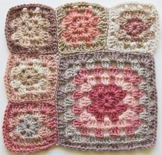 Crochet Squares Granny Design Crochet: Granny square blanket – thank goodness for swatching Granny Square Crochet Pattern, Crochet Blocks, Crochet Squares, Crochet Granny, Crochet Home, Crochet Crafts, Crochet Yarn, Crochet Projects, Crochet Afghans