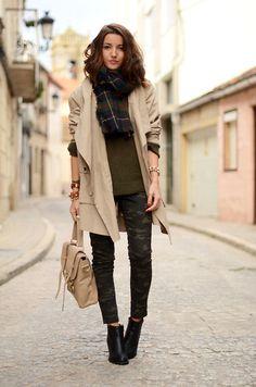 Zara Scarf, Lefties Pants, Su Shi Bag, Suiteblanco Trench, Zara Sweater, Suiteblanco Booties | Extra large scarf (by Alexandra Per) | LOOKBOOK.nu
