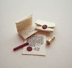 Too pretty // Miniature Sealed set by MontserratFolch on Etsy, €9.00