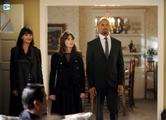 """#NewGirl 4x19 """"The Right Thing"""" - Cece, Jess and Coach attend a funeral."""