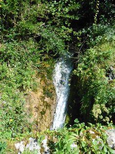 En route vers Aydius, une des nombreuses cascades