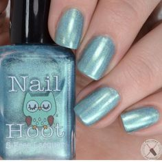 This listing is for one full sized (15ml) bottle of Turquoise December. Turquoise December is a beautiful turquoise blue linear holo polish. It is inspired by Turquoise - the December birthstone. ****