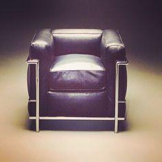 Le #Corbusier the originally #LC2 #chair - 1928