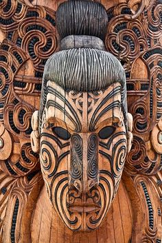 Maori Art, Wood Carving by stephanieetstephane