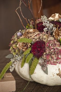 fall wedding centerpieces. photo by Siegel Thurston