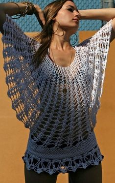 Blusa de croche. Not a complete pattern but this is gorgeous.