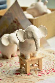 как создается игрушка - Hobbies paining body for kids and adult Pottery Animals, Ceramic Animals, Clay Animals, Polymer Clay Miniatures, Fimo Clay, Ceramic Clay, Pottery Sculpture, Sculpture Clay, Pottery Art