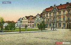 Východní strana Dolního náměstí s nově zřízeným parčíkem Louvre, Mansions, House Styles, Building, Travel, Home, Viajes, Manor Houses, Villas
