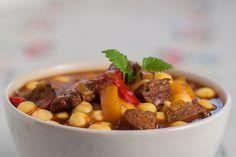 Spicy goulash with csipetke